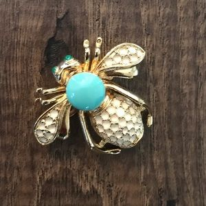 Stella & Dot Bee Pin/Brooch